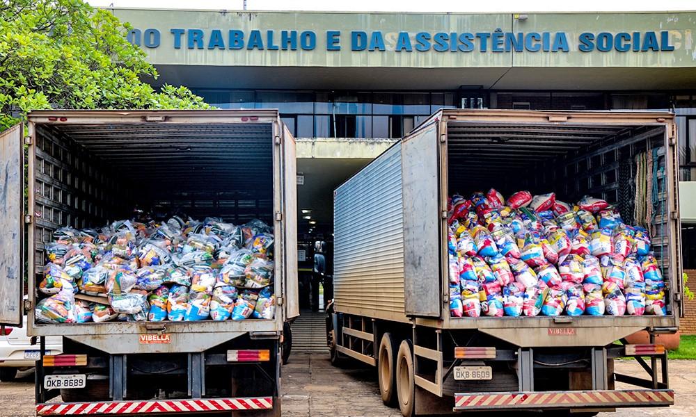 Governo envia 5 mil cestas básicas para municípios do Tocantins