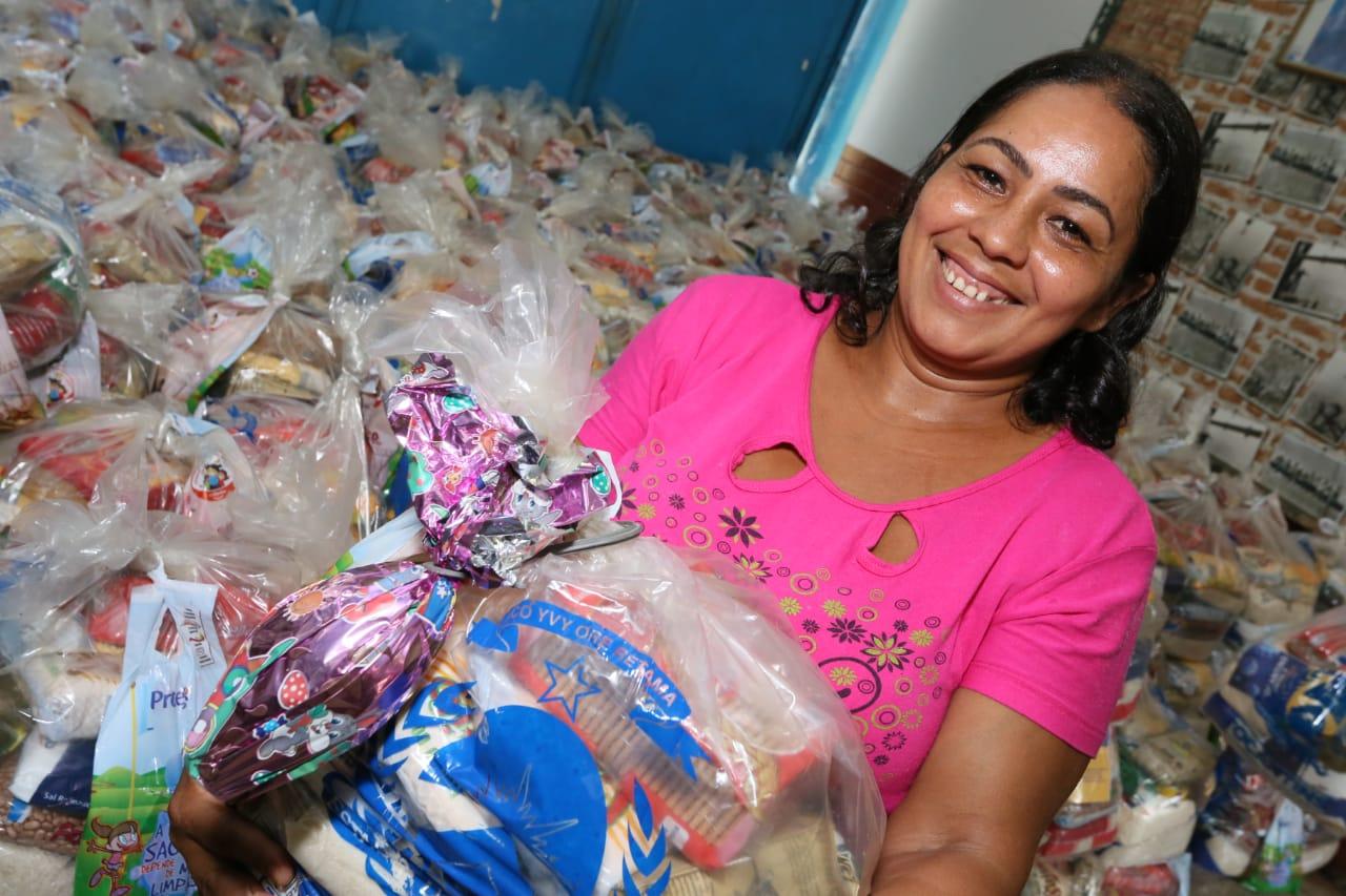 Mais de 8 mil estudantes recebem kits de alimentos e produtos de higiene na Regional de Tocantinópolis