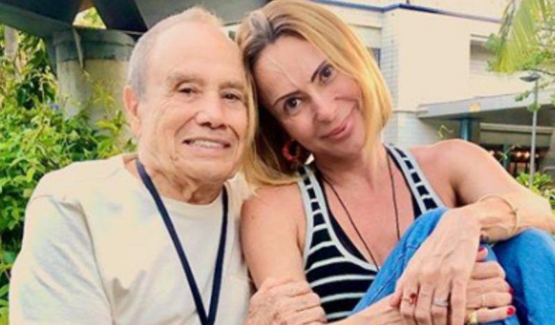 """Após demitido da Globo, Stênio Garcia e esposa desabafam: """"Foram anos de tortura mental"""""""