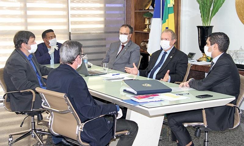 Governador Carlesse prorroga por 90 dias recolhimento de ICMS para micro e pequenas empresas do Estado