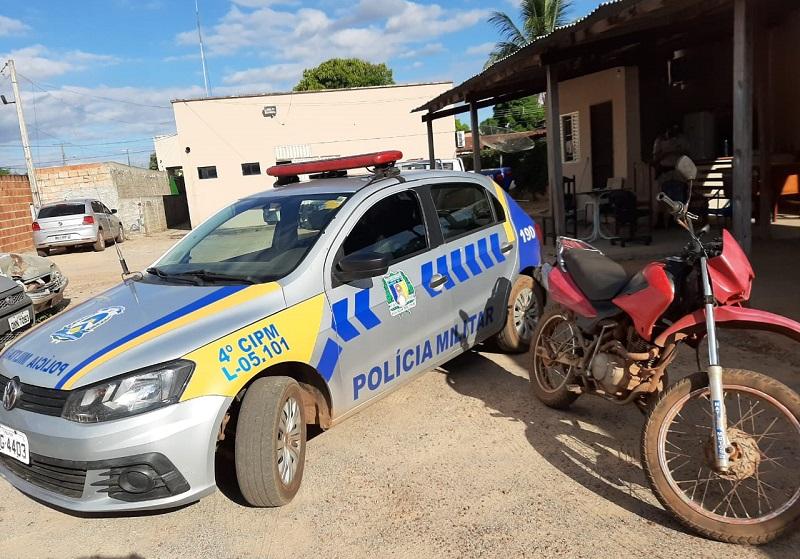 4ª CIPM apreende, em Lagoa da Confusão, motocicleta sem placa de identificação e com numeração adulterada