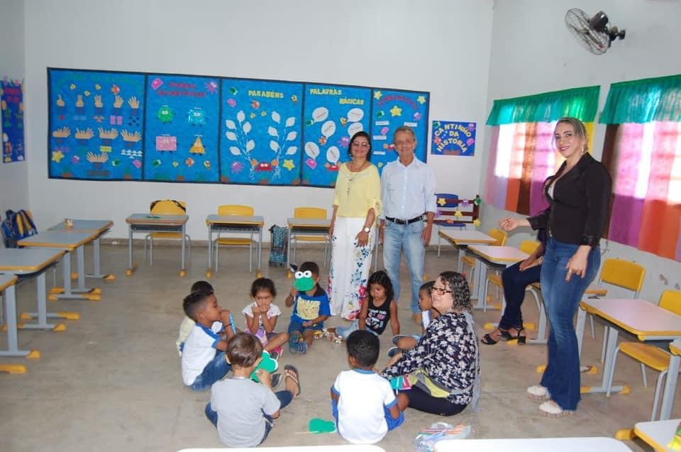 Prefeitura de Lagoa da Confusão cumpre acordo feito com o Sintet e paga retroativo de progressão e data base dos professores
