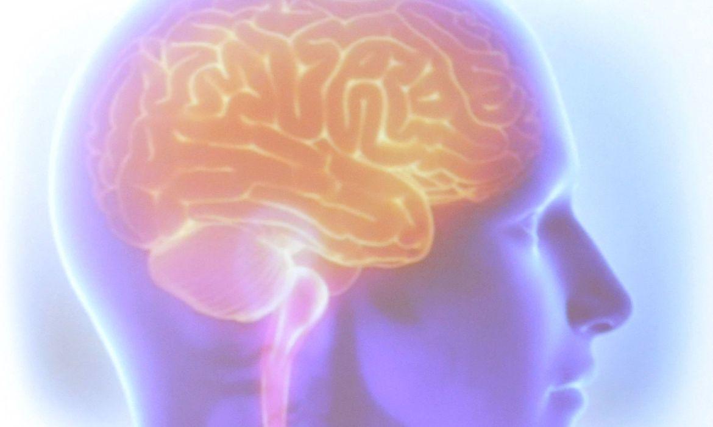 Médico alerta: crises de cefaleia podem ser agravadas na quarentena