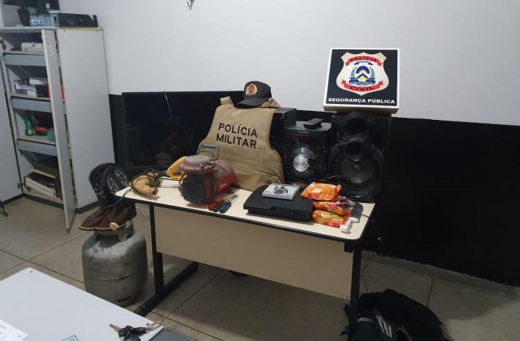 Homem é preso pela Polícia Civil após furtar ferramentas de chácara em Miracema