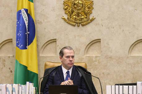 Condenado por lavagem de dinheiro e associação ao crime, Dias Toffoli concede prisão domiciliar a Geddel Vieira Lima