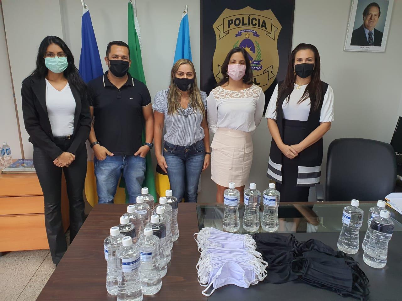 Polícia Civil recebe doação de 500 máscaras e 20 litros de álcool em gel