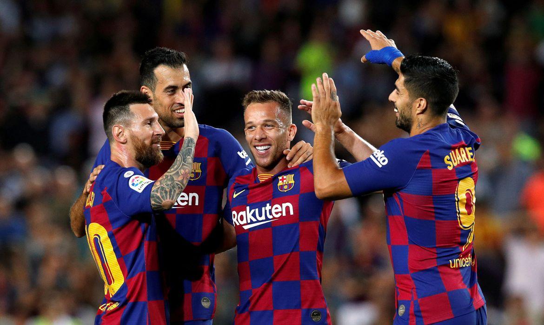 Jogador do Barcelona testa positivo para Covid-19