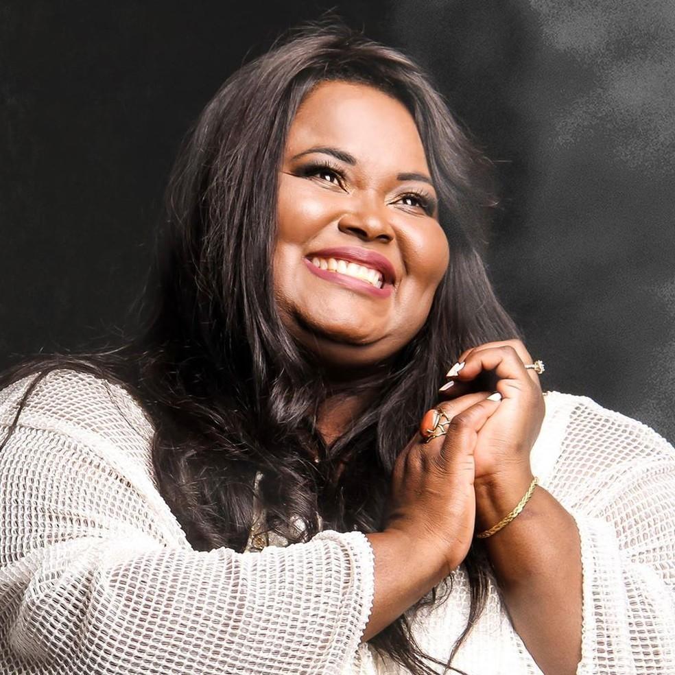 Cantora gospel Fabiana Anastácio morre vítima de Covid-19 em SP