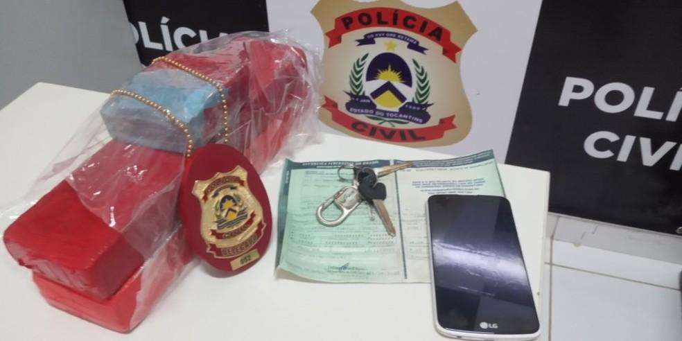 Dupla é presa com tabletes de maconha ao ser abordada pela polícia em Pedro Afonso