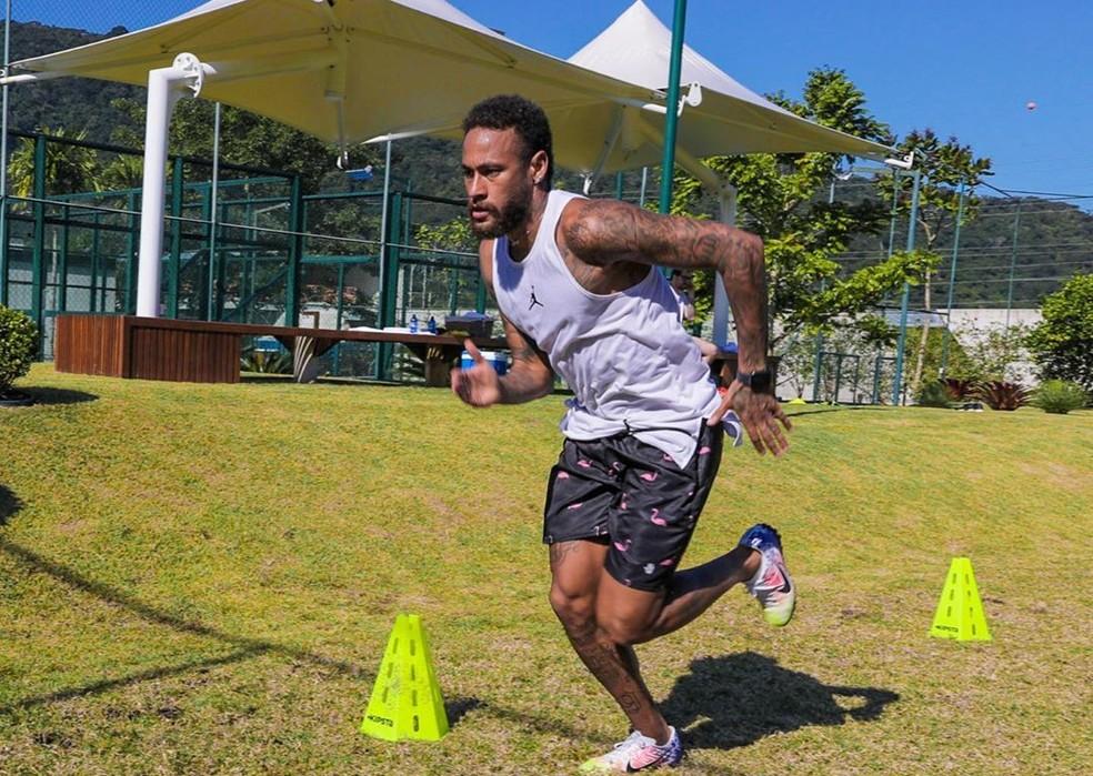 Neymar tem dados utilizados e é aprovado para receber auxílio emergencial de R$ 600