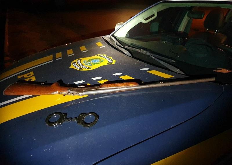 PRF prende homem por porte ilegal de arma de fogo em Pedro Afonso
