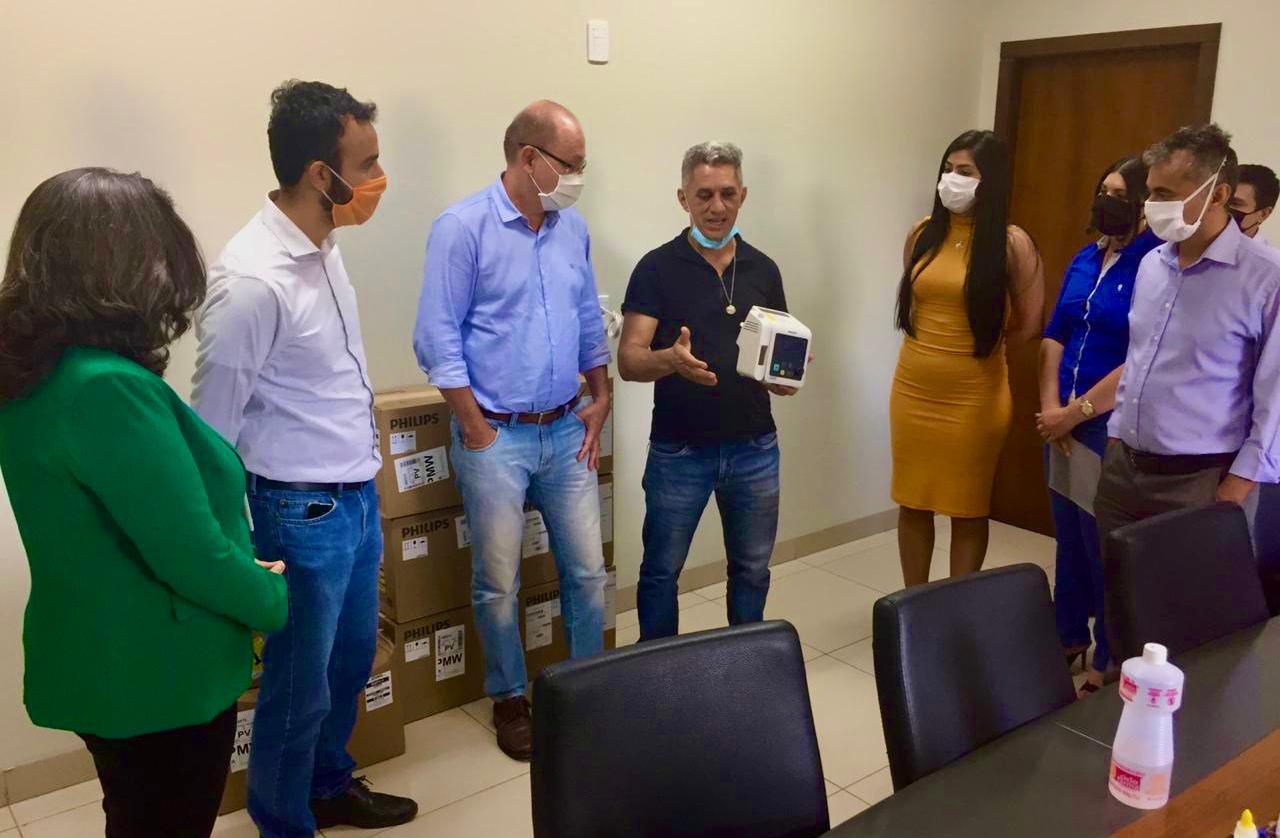 BRK Ambiental entrega equipamentos de UTIs para a prefeitura de Palmas