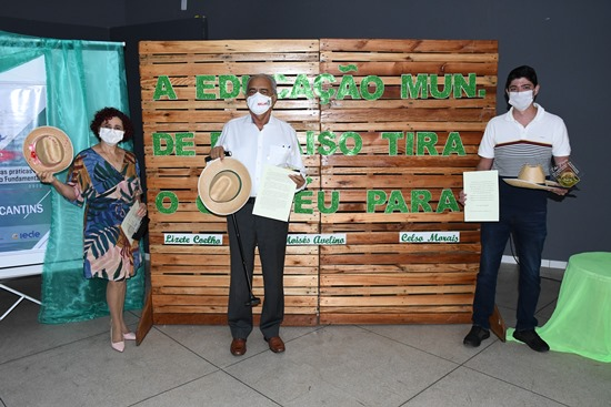 Educadores do município de Paraíso tiram o chapéu para Moisés Avelino, Celso Morais e Lizete Coelho