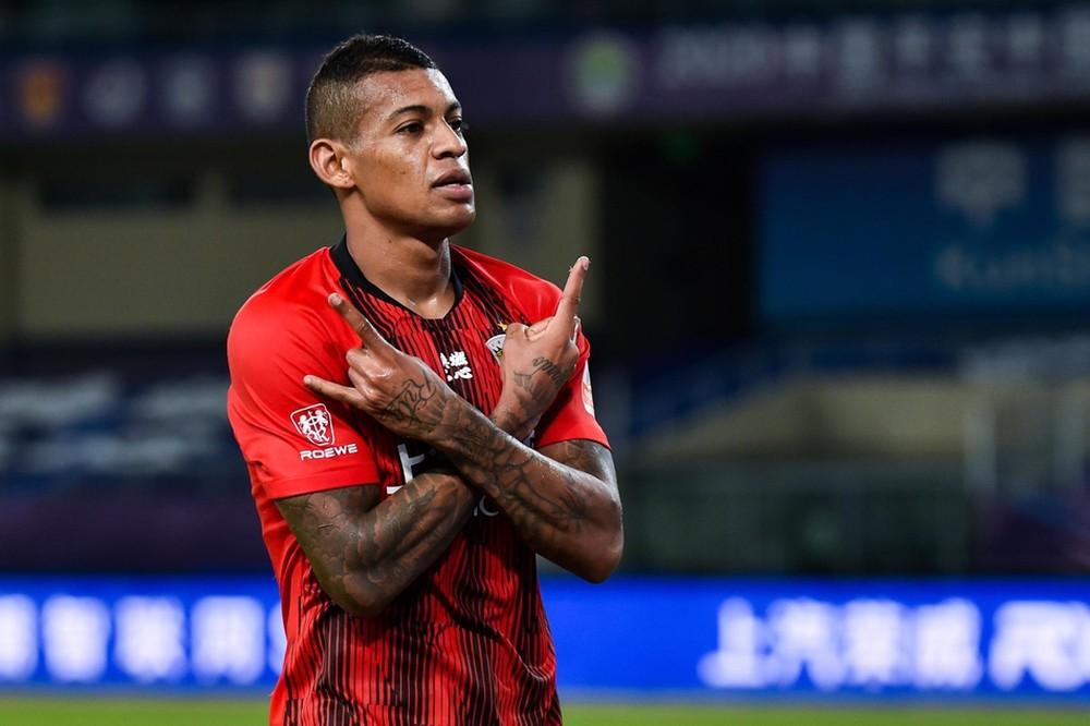 Artilheiro de Nova Rosalândia, Ricardo Lopes estreia com 2 gols na vitória do Shangai SIPG no futebol Chinês