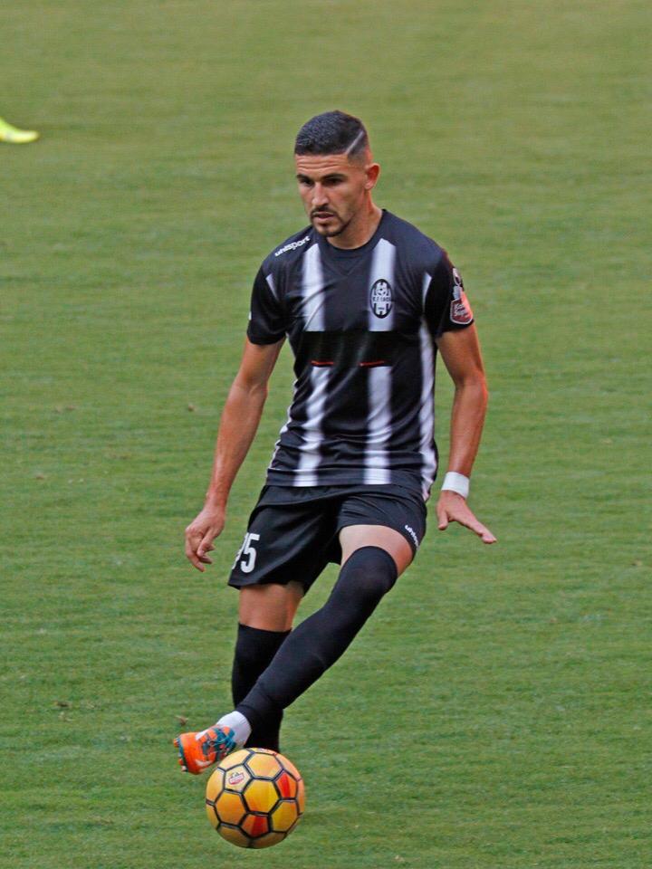 Brasileiro marca dois e entra para história na Albânia