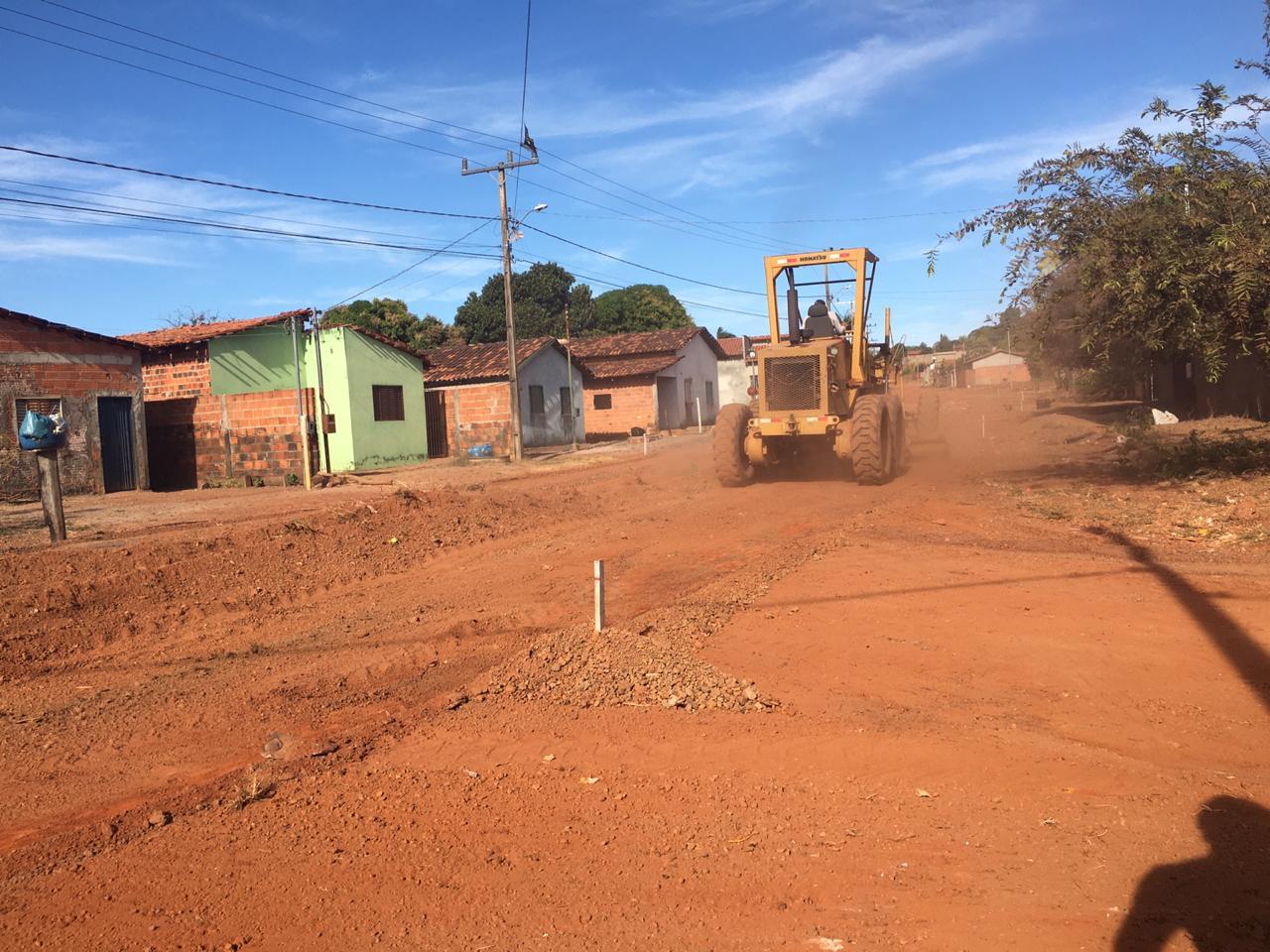 Prefeitura de Divinópolis inicia pavimentação asfáltica, no Setor Fernandinho