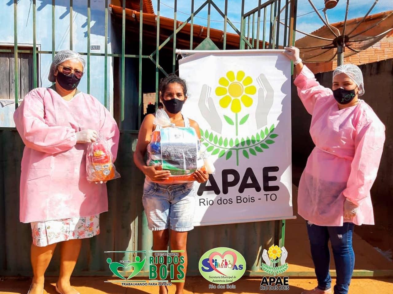 Assistência Social de Rio dos Bois faz entrega de alimentos para famílias de alunos da Apae