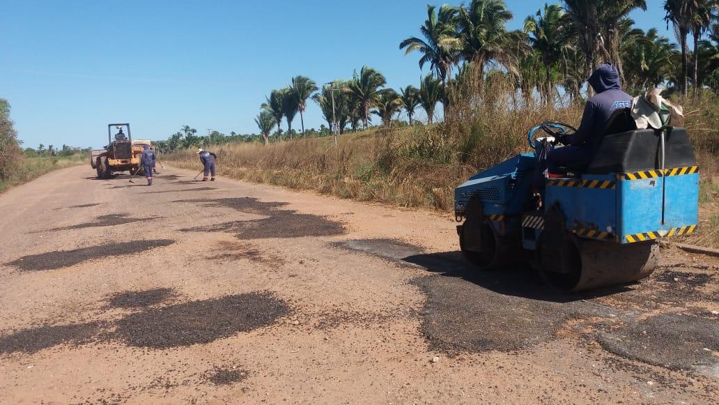 Governo do Tocantins intensifica manutenção de rodovias na região centro-oeste