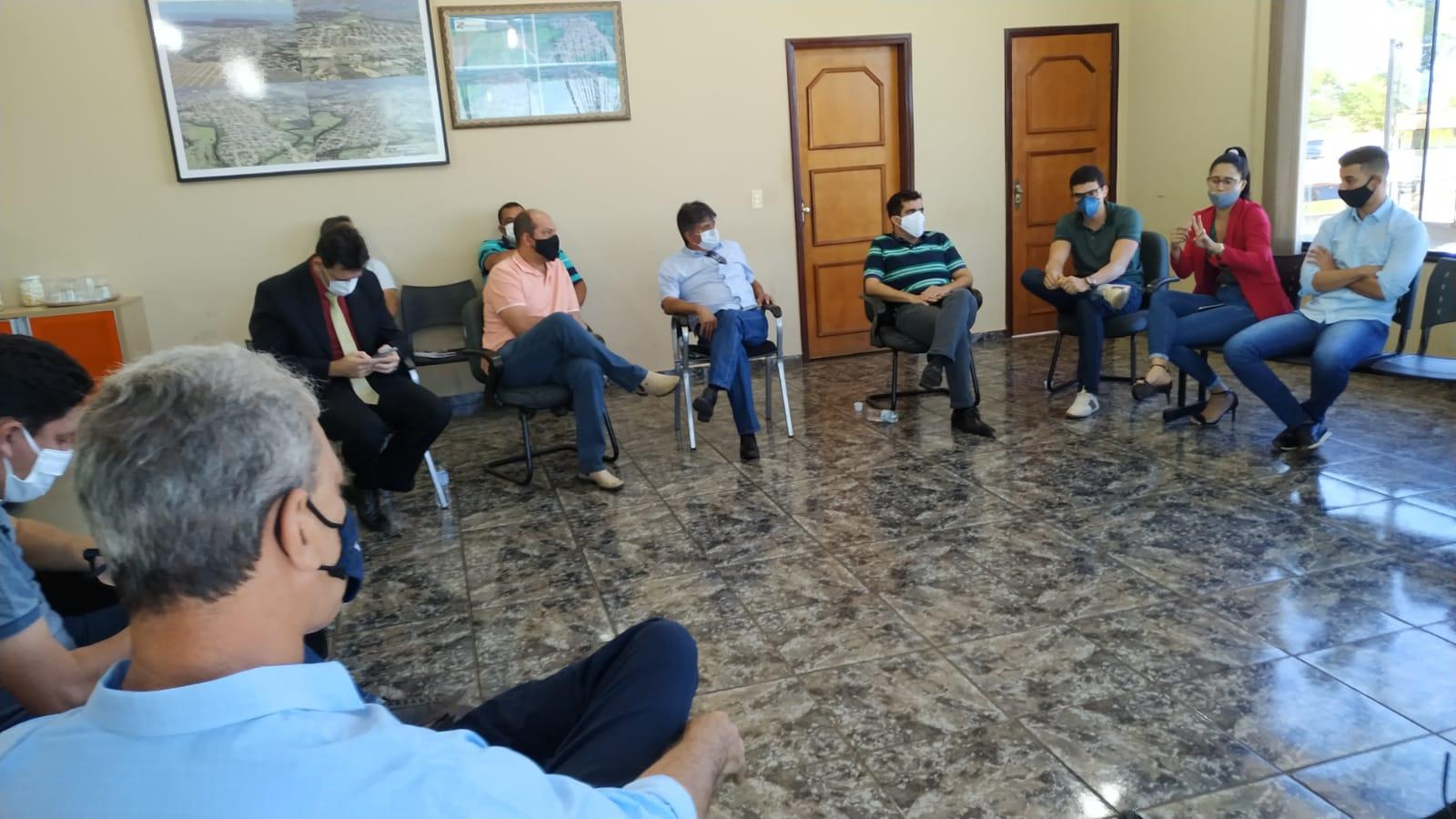 Prefeito de Miracema e demais gestores da região discutem criação de consórcio para aterro sanitário integrado