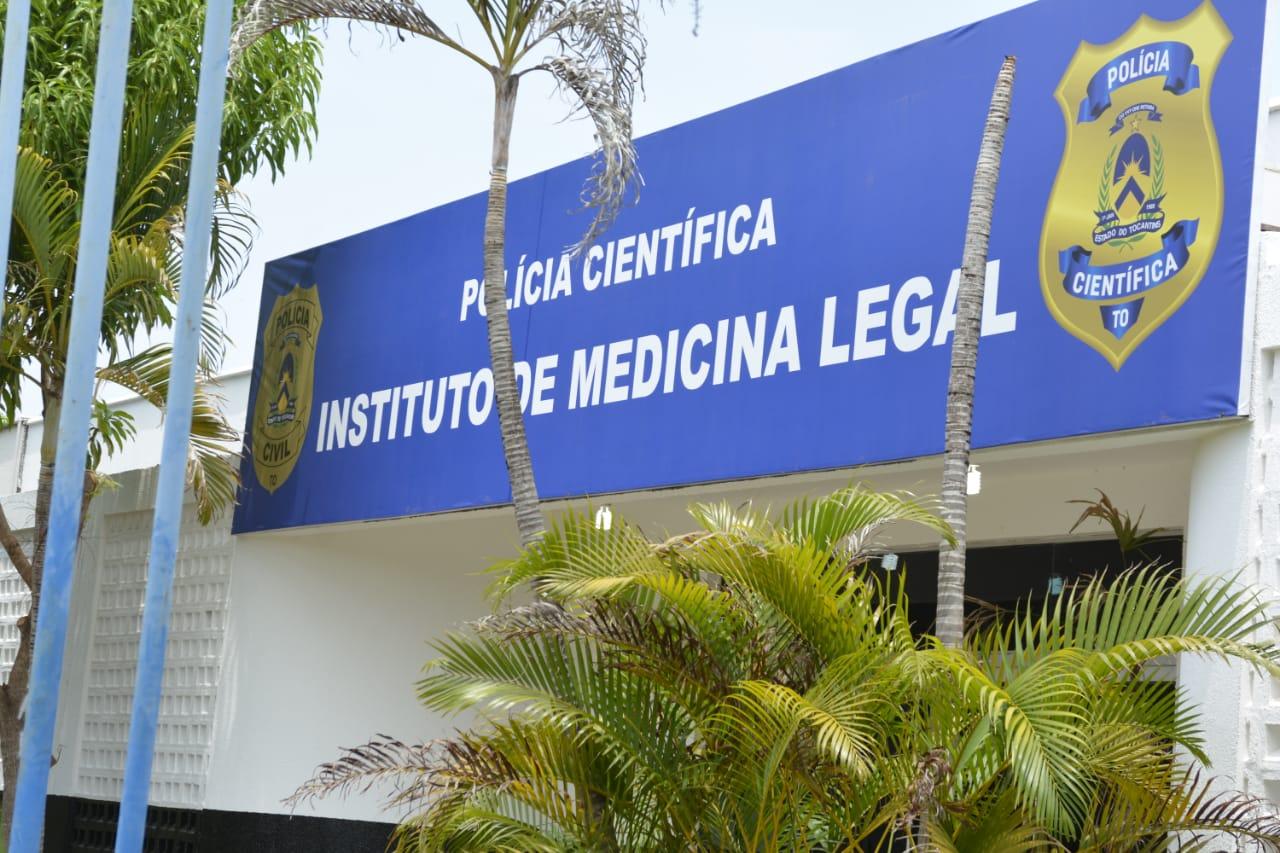 Corpo não identificado e não reclamado permanece no IML de Palmas