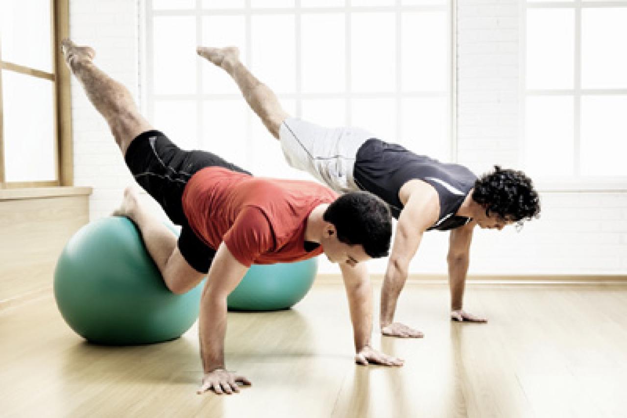 Pilates reduz ansiedade e cansaço em homens jovens, diz estudo