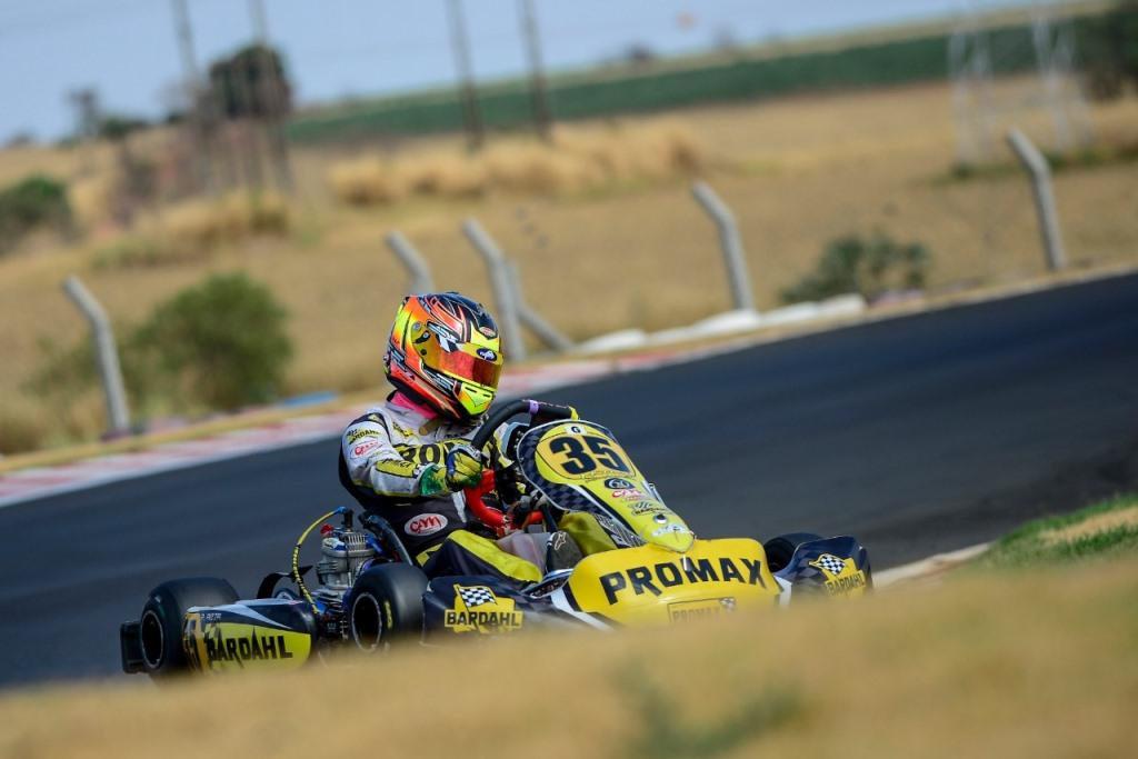 Pedro Aizza larga em último e termina em quarto na Copa Speed Park, em Birigui (SP)