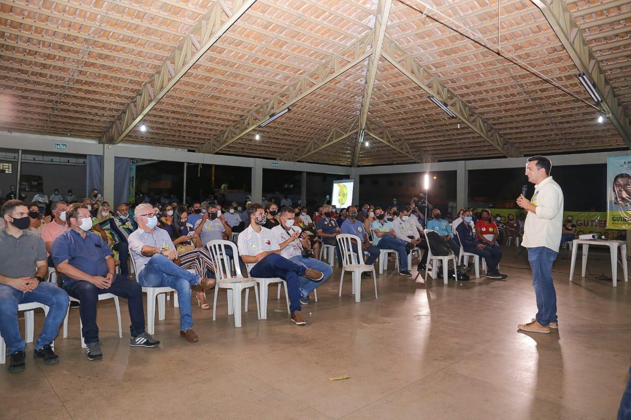 Com casa cheia, Gutierres fala a empresários que compromisso é transformar Gurupi numa referência econômica do Estado