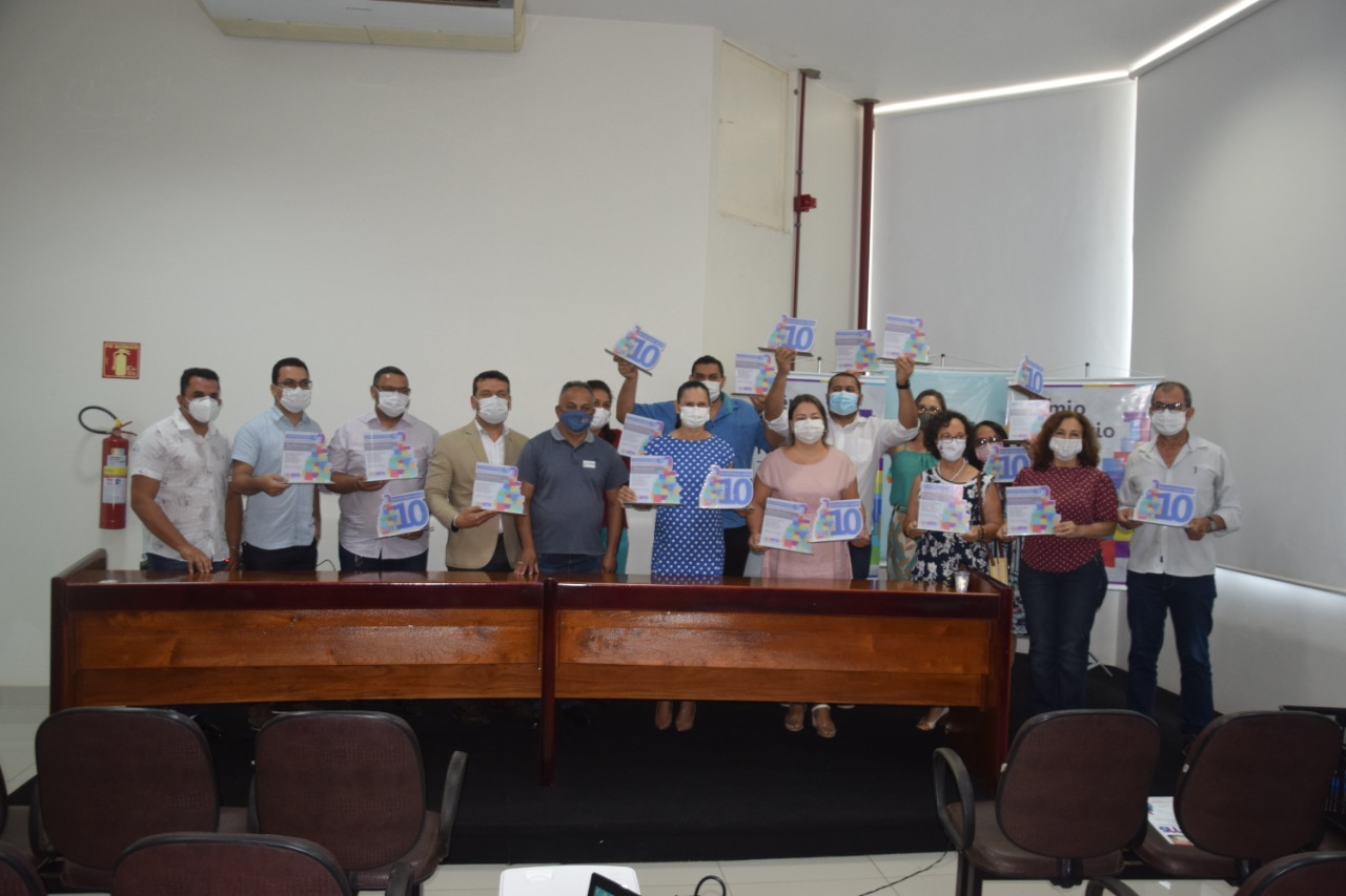 Secretários de Saúde da Região Cantão são premiados em Paraíso