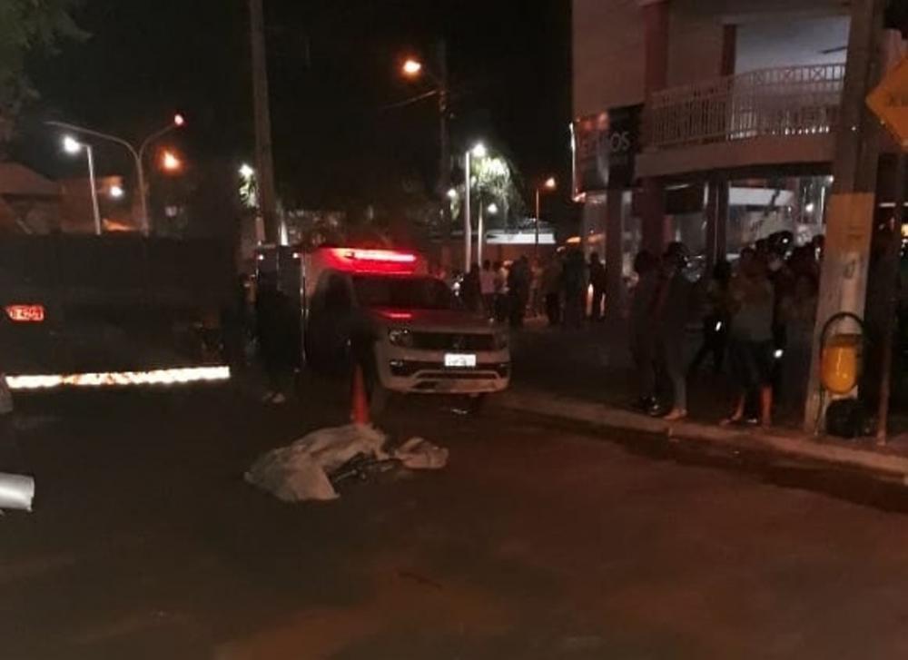 Criança morre atropelada por caminhão em frente à Câmara Municipal de Gurupi