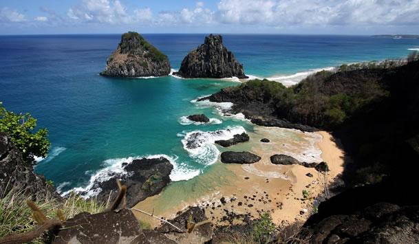 Turistas do Tocantins são presos em Fernando de Noronha suspeitos de terem falsificado testes de covid-19