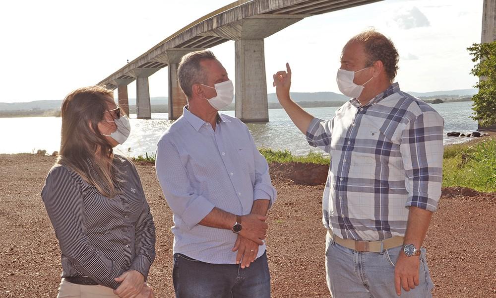 Governador em exercício, Antonio Andrade vistoria obras da Ponte de Porto Nacional