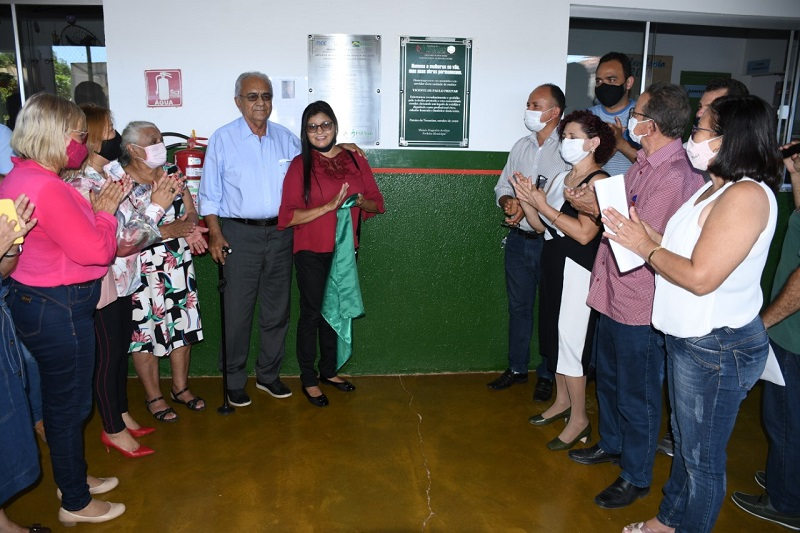 Prefeito Moisés Avelino inaugura obras na Escola Municipal José Odete no Setor Milena