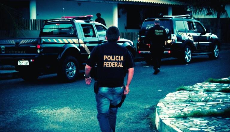 Polícia Federal prende hacker suspeito de invadir sistema do TSE