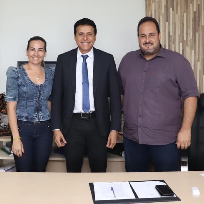Prefeito eleito de Araguacema, Marquinho faz visita ao deputado estadual Nilton Franco