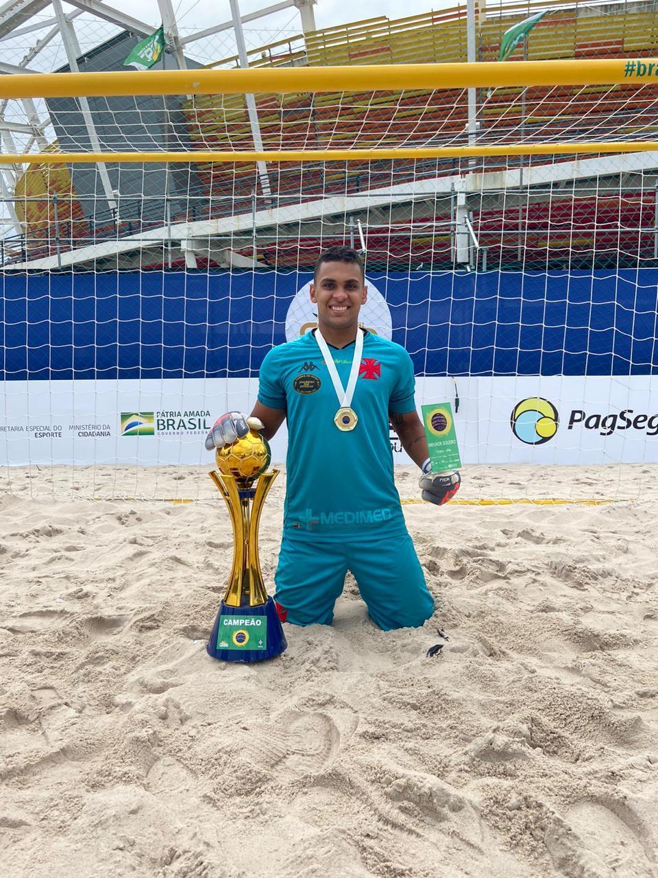 """Herói nos pênaltis e eleito melhor goleiro, Rafa Padilha comemora: """"Sensação muito boa"""""""