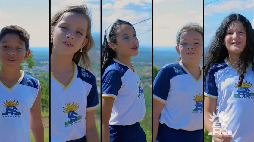 Alunos da Escola Raio de Sol estrelam clipe musical 'Novo Normal Será'