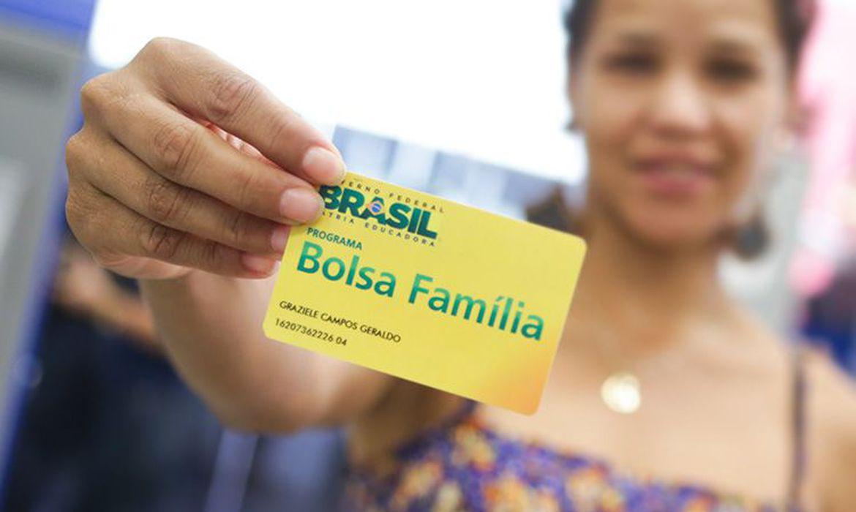 Bolsa Família receberá aumento no final deste mês; veja o novo valor