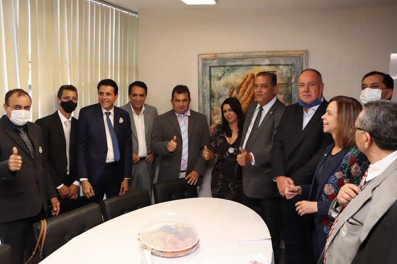 Deputado Nilton Franco acompanha prefeitos do Tocantins, em Brasília