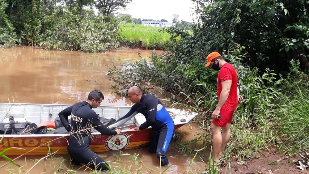Homem mergulha e desaparece durante pescaria no rio Lontra, no norte do Tocantins