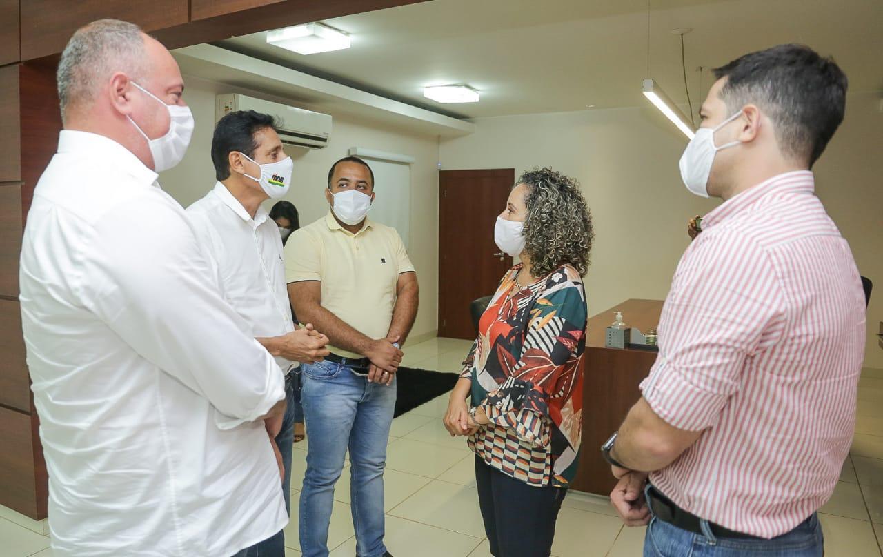 Deputado Nilton Franco visita prefeita de Gurupi, Josi Nunes