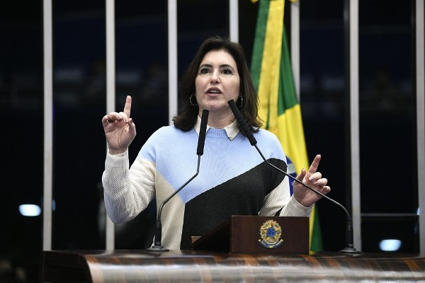 MDB anuncia candidatura de Simone Tebet à presidência do Senado