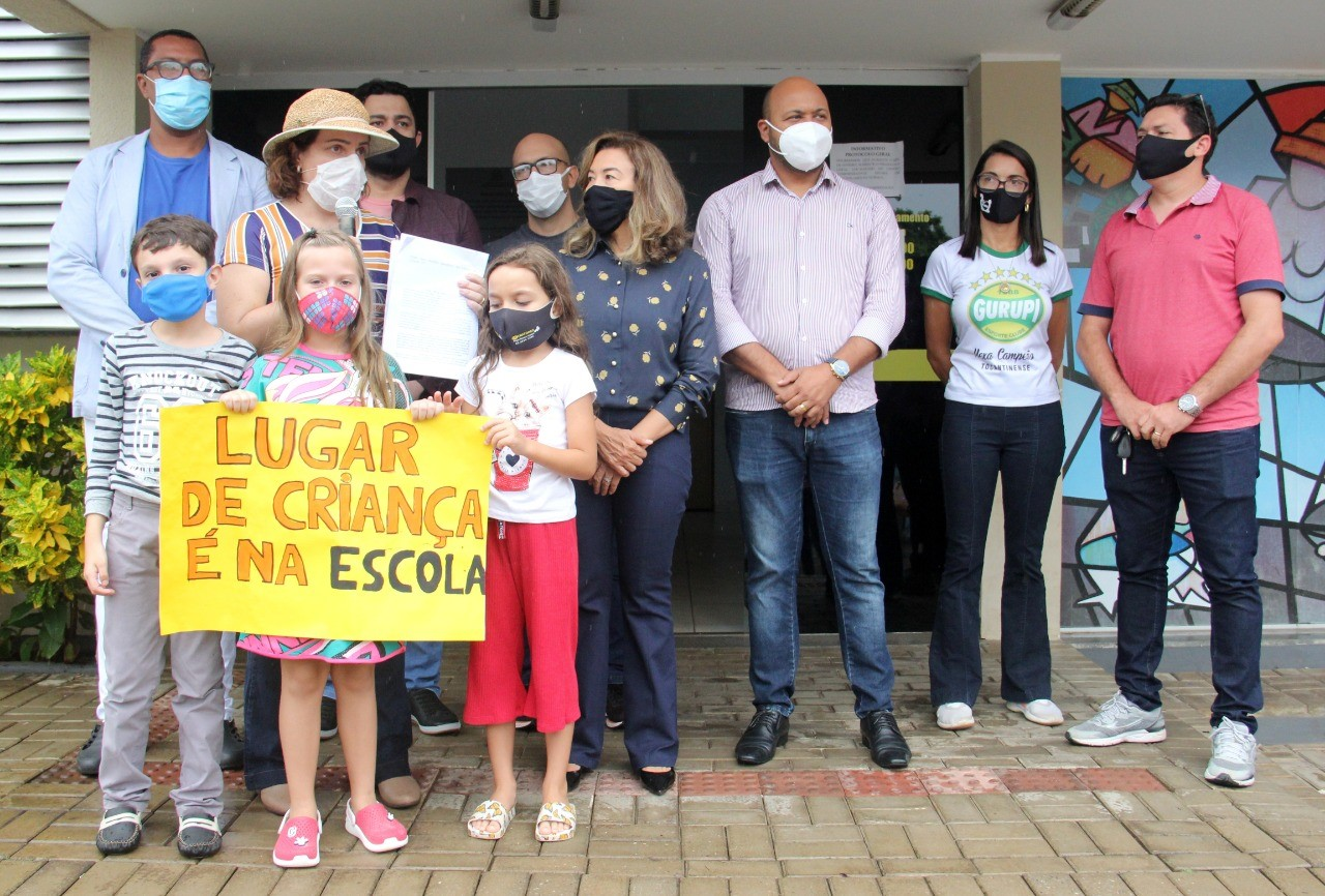 """Prefeitura de Gurupi recebe movimento """"Pais pela educação"""" que solicitou retorno às aulas presenciais"""