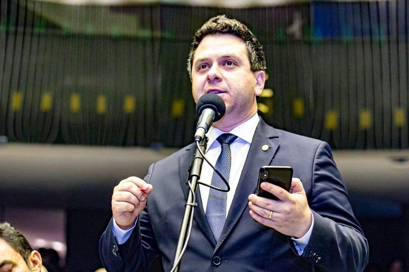 Após dezembro de intenso trabalho, Tiago Dimas consegue empenhos e liberação de R$ 11,45 milhões para o Estado