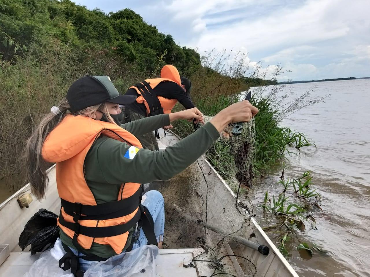 Piracema: operação retira mais de 2,5 mil metros de redes do rio Araguaia
