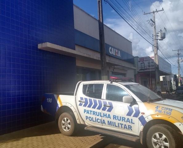 Policiais da 4ª CIPM prendem homem por documento falso em agência bancária de Lagoa da Confusão