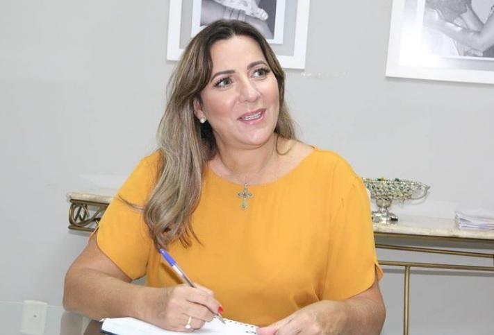 Deputada federal Dulce Miranda cumpre extensa agenda no Bico do Papagaio