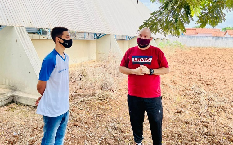 Colégio Estadual São José inicia plantio de milho do projeto Ciências no Campo