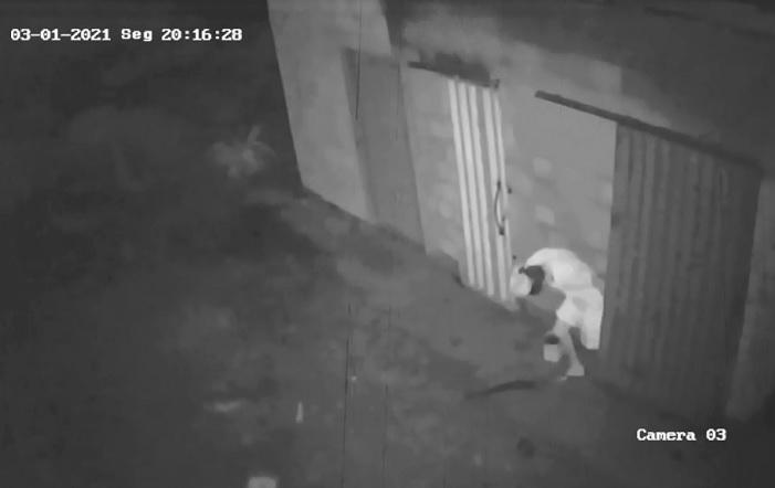 Homem é flagrado furtando loja em Miranorte; moradores reclamam da falta de segurança