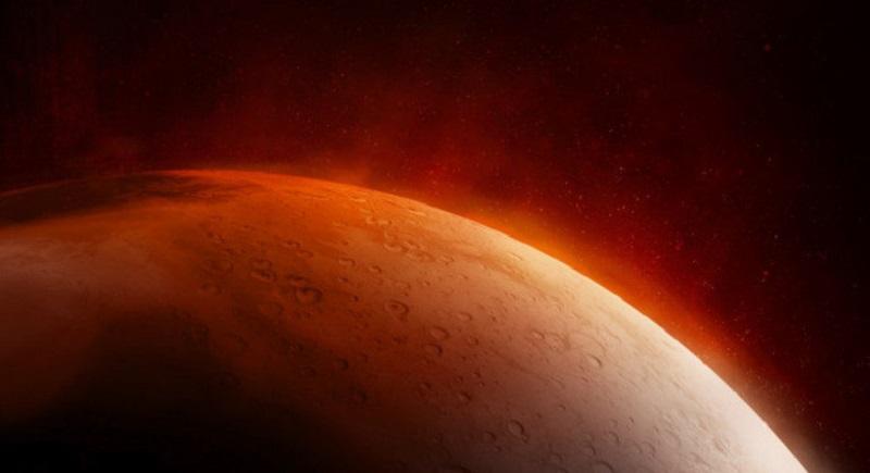 Sonda da Nasa encontra água no estado sólido em Marte