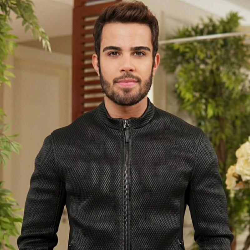 Empresário Mário Henrique é destaque como cabelereiro das influencers